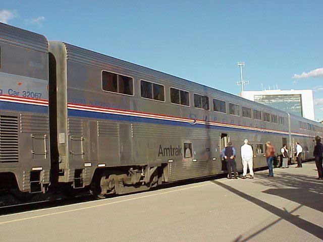 More about travel on Amtrak trains at VistaDomecom : sleeper2000 from www.vistadome.com size 640 x 480 jpeg 35kB