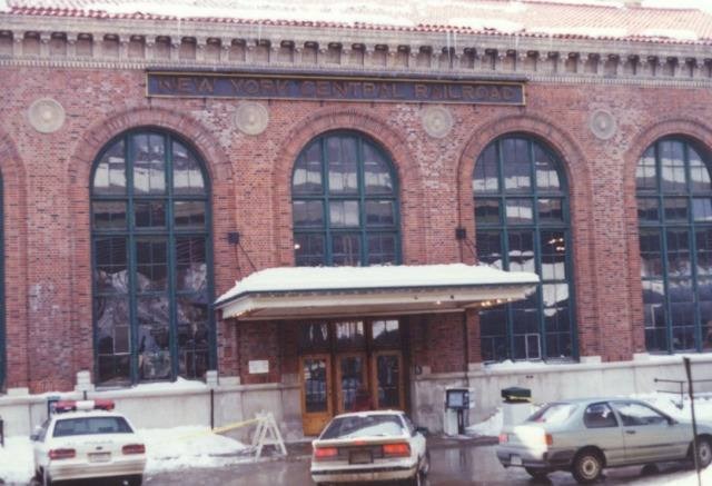 Exterior: An Album Of Railroad Stations In The USA And Canada