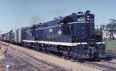 Wisconsin Central SD45 Diesel locomotive railroad train postcard